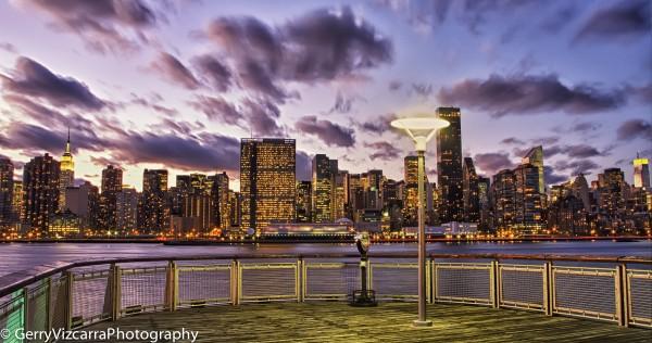 Gantry State Park LIC Pier NYC Skyline